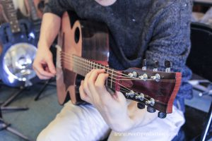 Custom Brook Tavy Guitar (3)